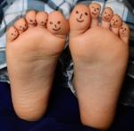 feet-2358333_1280